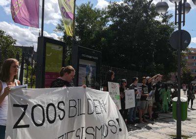 Demo vor dem Frankfurter Zoo