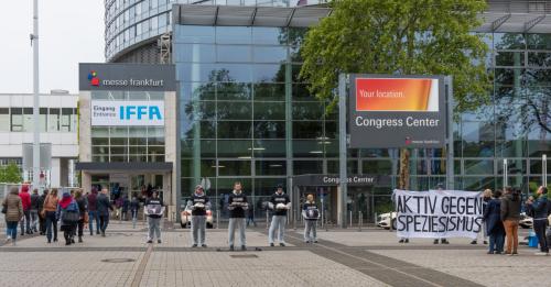 Protest vor der IFFA 2019